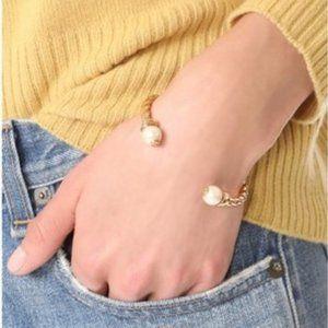 🔥Tory Burch Fashion Pearl Spiral Bracelet